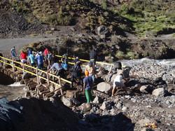Ponte de Baño Morales após as chuvas