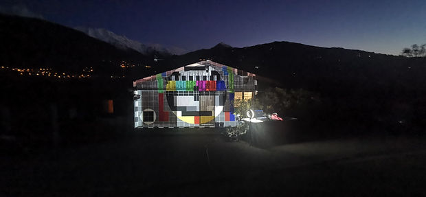 video projection  sur une maison