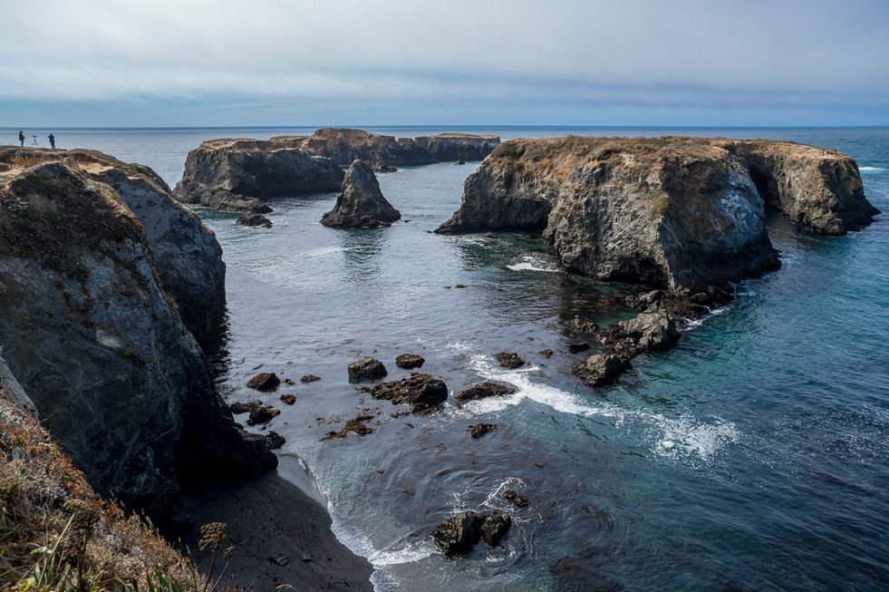 A popular dive spot off the coast of Mendocino. In recent years this area has gone from a thick, healthy kelp forest to a massive urchin barren.