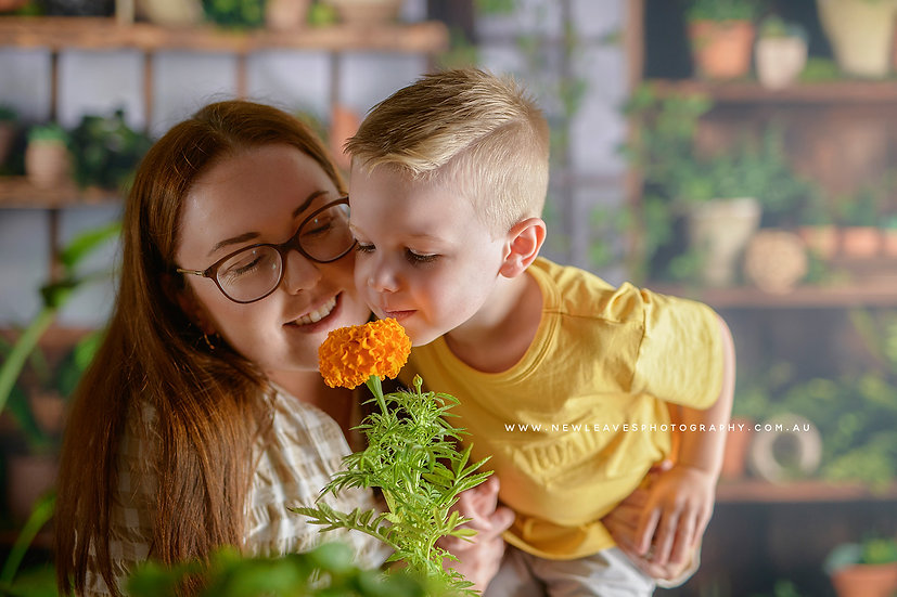Mother's Day Mini Session - Friday April 30th, 10:30am