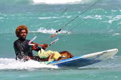 Mitu Monteiro saving a turtle