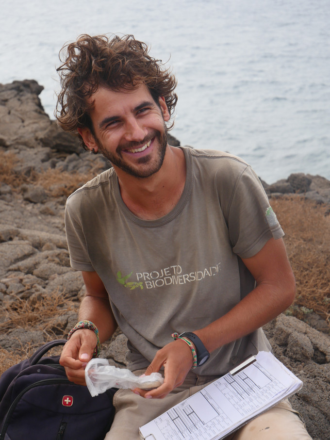 Q&A: Taking Flight in the Field with Bird Programme Director Marcos Hernandez