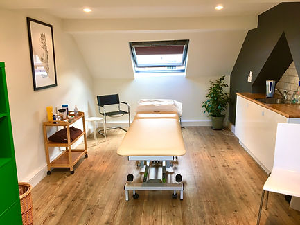 Forest Row Osteopath and acupuncture clinic