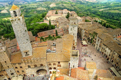 san-gimignano-view-piazza-cisterna