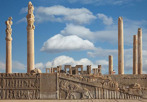 Apadana-Darius-I-Persepolis-Iran.jpg