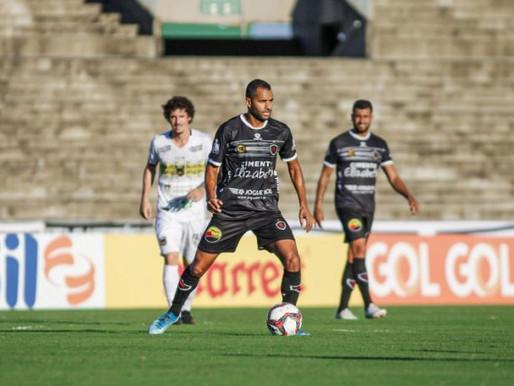 Botafogo volta a jogar mal e perde em casa para o Volta Redonda(RJ)