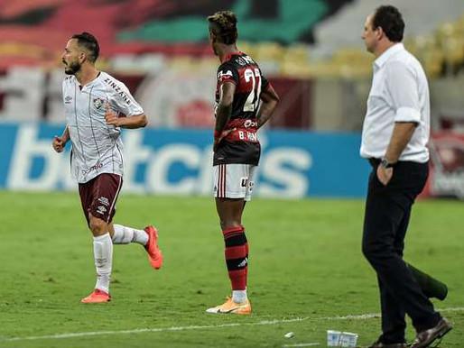 Fluminense freia Flamengo e vence clássico com gol no fim..