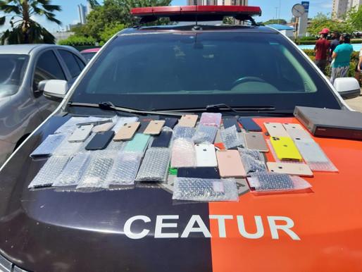 Polícia intercepta fuga de assaltantes e recupera mais de 40 celulares roubados na Capital