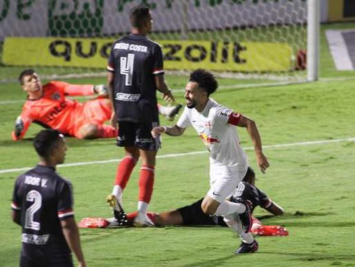São Paulo leva 4 do Bragantino, mas mantém vantagem na ponta