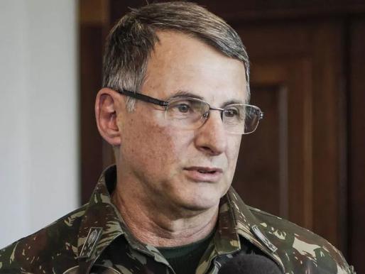 Crise nos quartéis:  Comandantes militares entregam cargos após a demissão de Fernando Azevedo