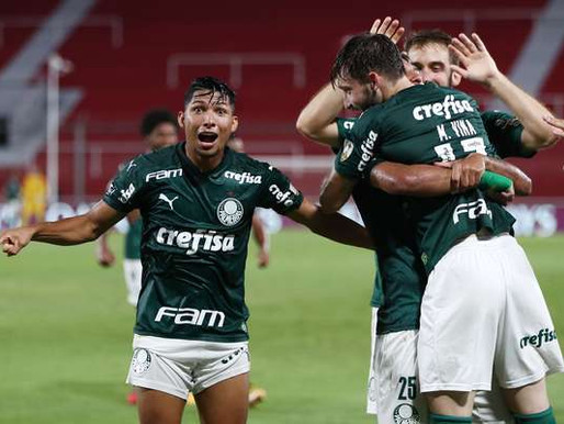 """ Uma VARgonha"" - Para rivais, árbitro de vídeo salvou o Palmeiras"