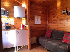 KITCHEN AREA AND DOUBLE SOFA BED - HERON POD