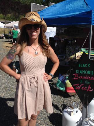 Farmers Market, Social