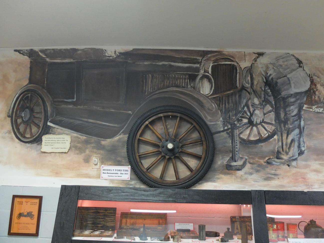 Museum Auto Mural