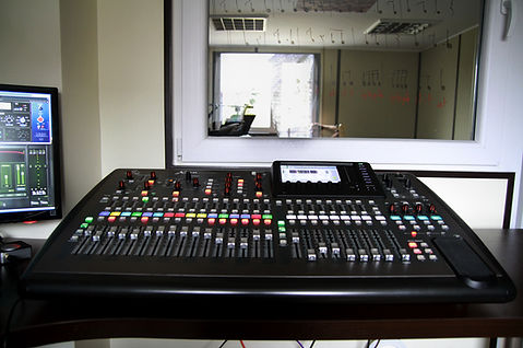 Studio-14.jpg