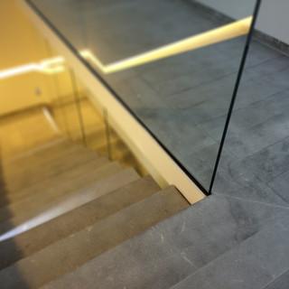Escalier marbre Gris Marengo sablée