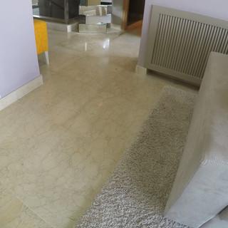 Dallage en marbre Crema Marfil