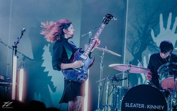 Sleater- Kinney