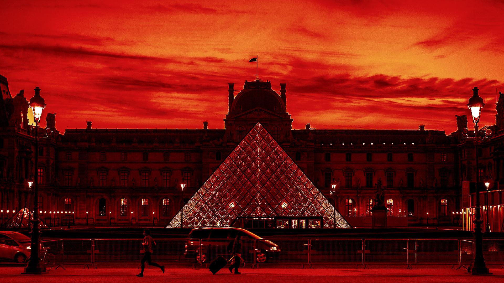 Au Louvre Paris s'éveille