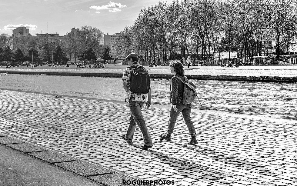 Paris - Les marcheurs de la Villette