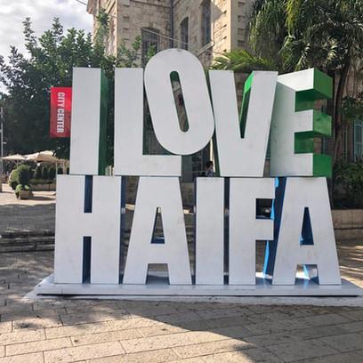 סיורים בחיפה : שווקים, פינות חמד, קולינריה ואנשים מקסימים.