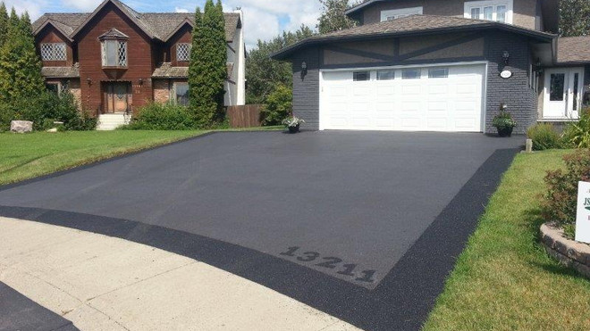 Pour in Place Rubber Paved Driveway