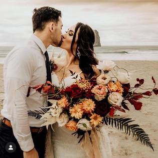 Fall horizonal bridal bouquet