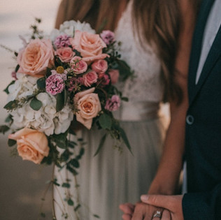 Small peach and pink cascade bouquet