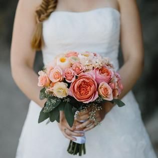 Oregon-coast-wedding- with garden roses