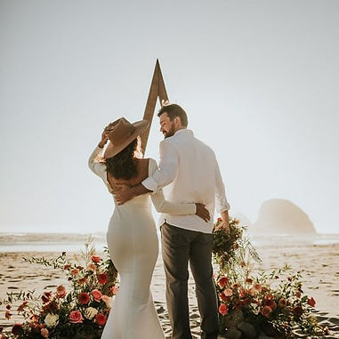 rustic rust and blush wedding oregon coast