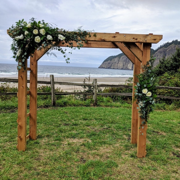 beach arbor wedding.jpg