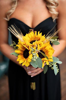 Sunf flower brides maid bouquet with seeded eucalyptus and wheat oregon coast wedding floirst