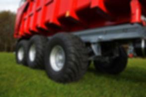 traktorovy-naves-big-27-20-3-.jpg