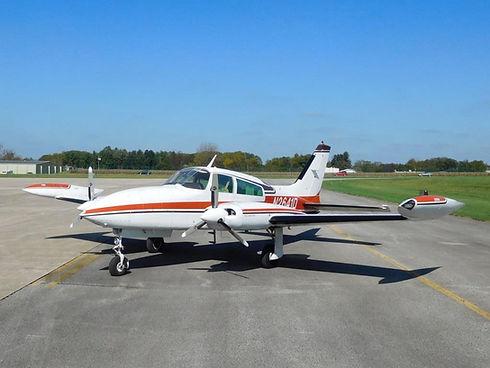 Cessna 310.jpg