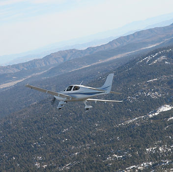 SR22 Banking in flight to Big Bear City.