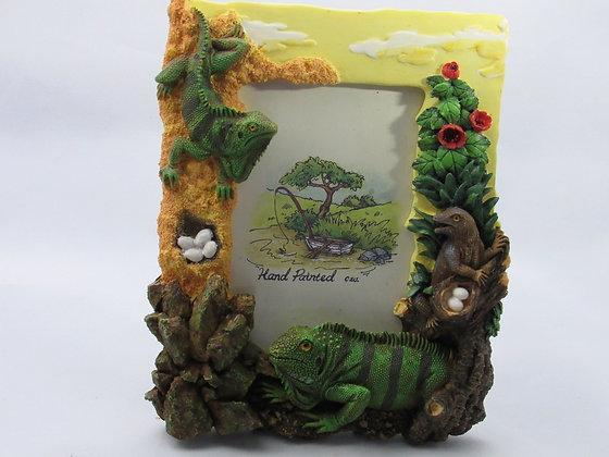 Cast Resin Iguana and Lizard Frame