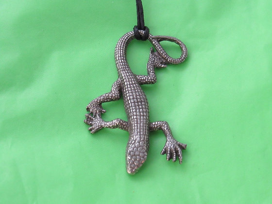 "Medium 2"" Pewter Lizard Pendant"