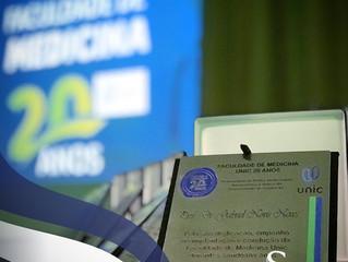 Cerimônia de Homenagens e de Comemoração aos 20 Anos do Curso de Medicina da UNIC - Universidade de