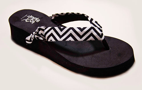 GEORGIA SLOANE (Chevron) Black/White