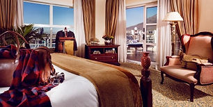 table-bay-lions-head-suite-bedroom-2019.