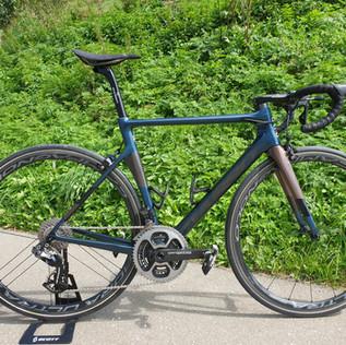 Ein Basso Diamante SV Custom Build Bike