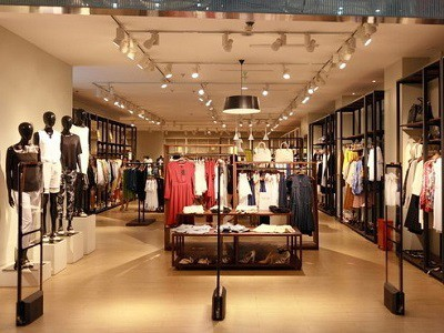 LED-Track-Light-for-clothes-shop-Lighting