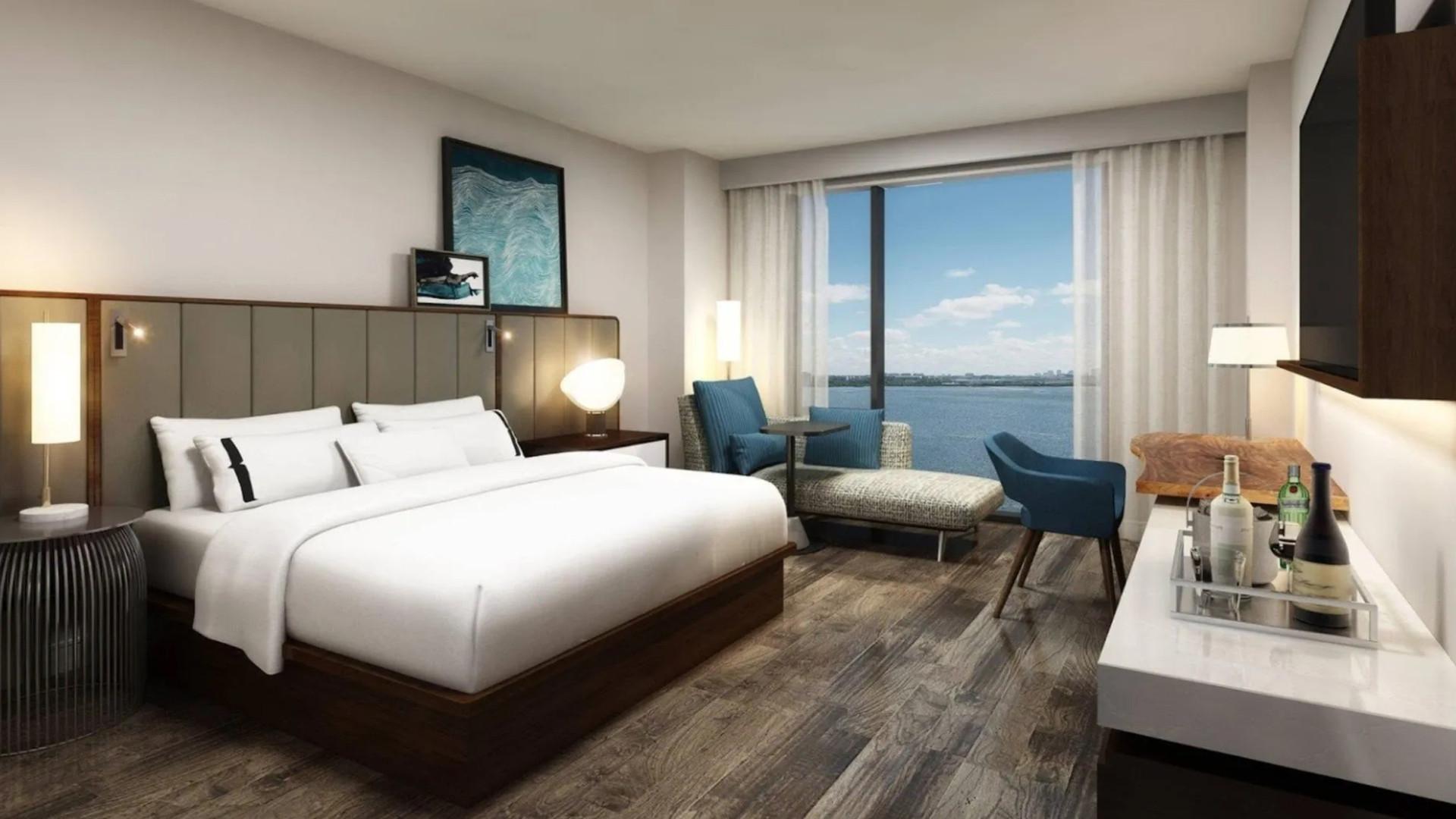 Current Hotel - Tampa, FL Guestroom w.jp