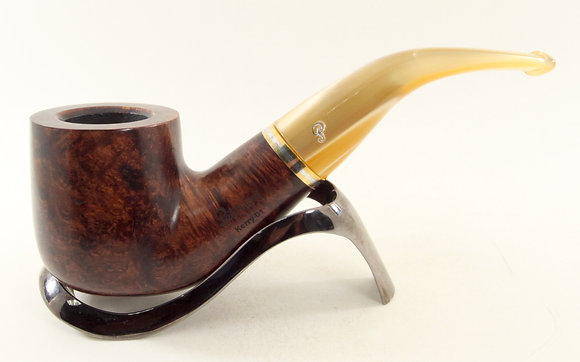 Peterson Kerry Pipe Bent Pot 01