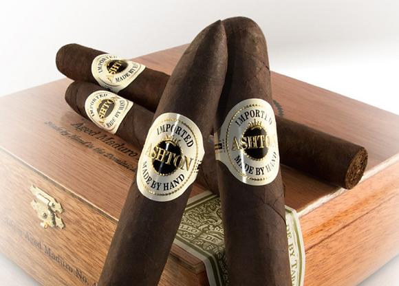 Ashton Aged Maduro #40 Toro Cigar 6x50 4pk