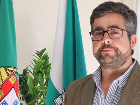 PRESIDENTE DA CÂMARA MUNICIPAL DE RIO MAIOR RECUSA PRIORIDADE NA VACINAÇÃO CONTRA A COVID-19