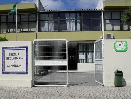 """MUNICÍPIO DE AZAMBUJA DISTRIBUI 50 """"WEBCAMS"""" PELAS ESCOLAS DO CONCELHO"""