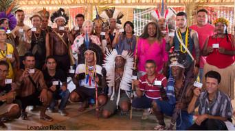 Artesãos Xakriabá recebem a Carteira do Artesão