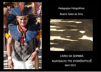 """Beatriz Sales expõe o """"Livro da Sombra"""""""
