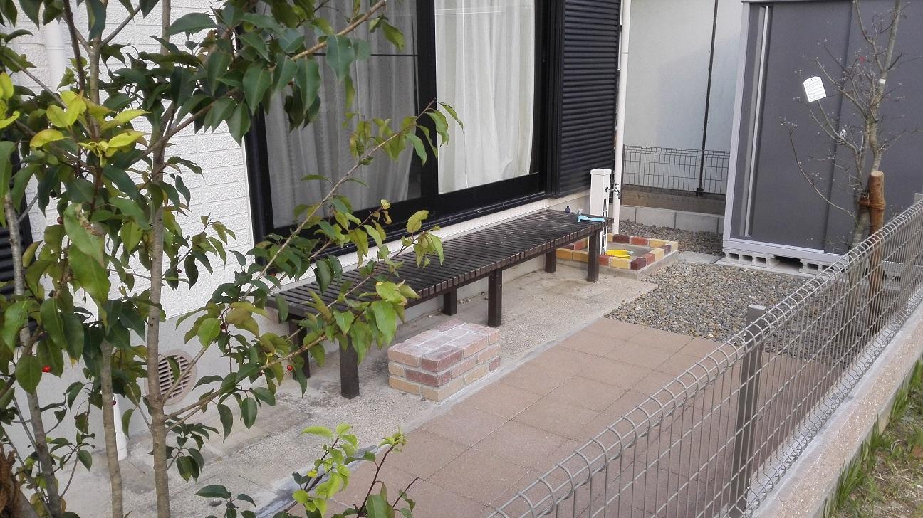 中庭 タイル